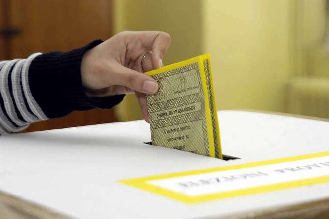 elezioni-voto-urna